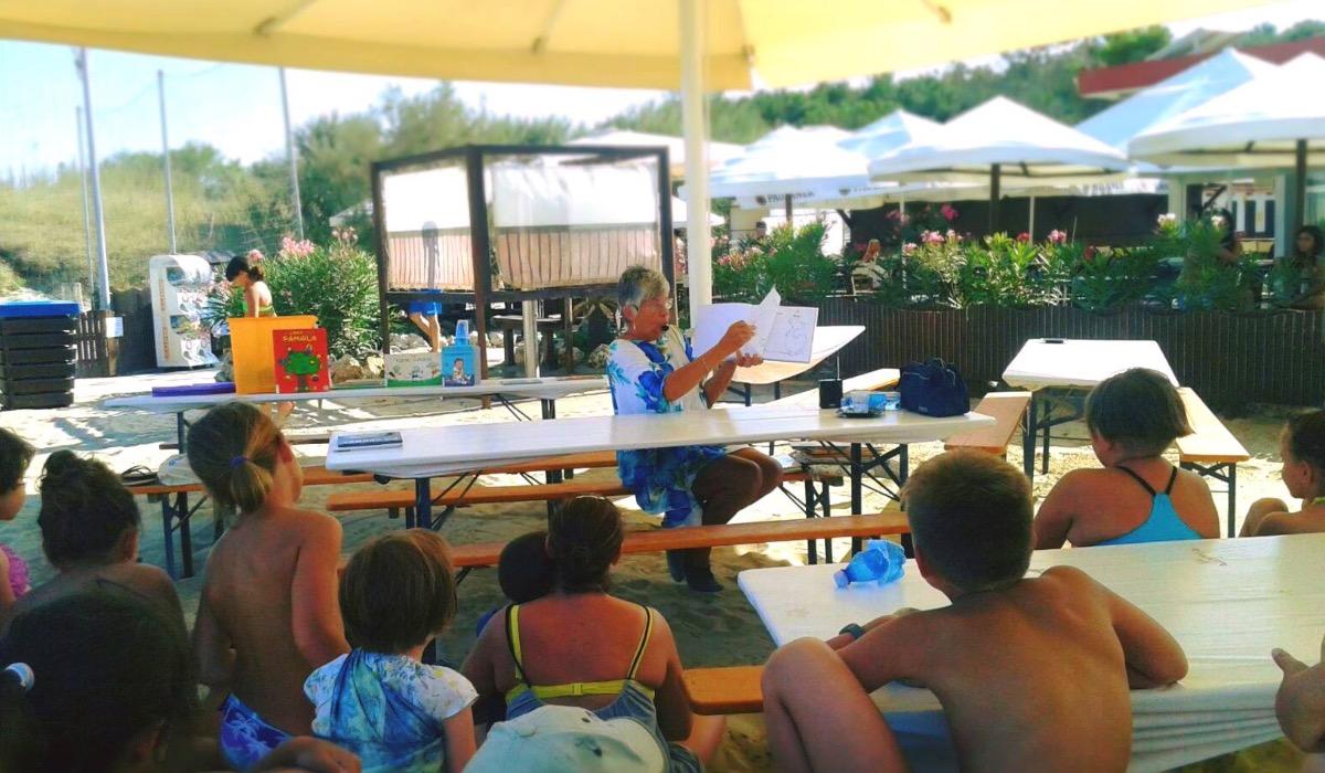 Bagni Di Casalborsetti : Vivi romagna eventi ix edizione di un bagno di libri nati per