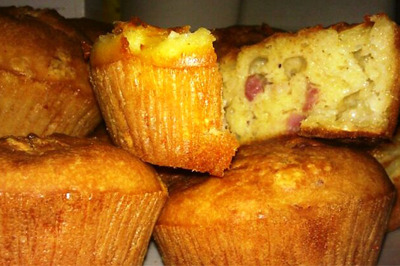 Muffins Salati con Pancetta e Formaggio Brie