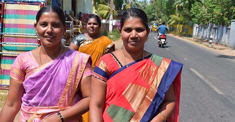 Namaste: Donne in cammino